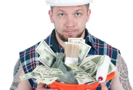 Absenteismul muncitorilor duce la masuri extreme in randul angajatorilor: bonusuri de sute de lei doar ca sa apara la job