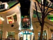 Crooked House: O poveste...