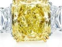 Un diamant de 8 milioane de...