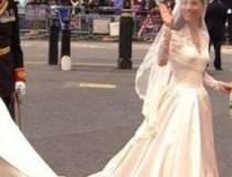 Rochia de mireasa a lui Kate...