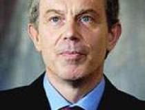 Tony Blair, in carti pentru...