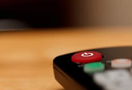 Cat timp petrec europenii si americanii in fata televizoarelor