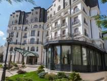Hotel Epoque devine membru...