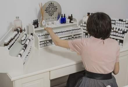 Povestea Luviane, atelierul de parfumerie si bijuterie al artistei Iulia-Victoria Neagoe