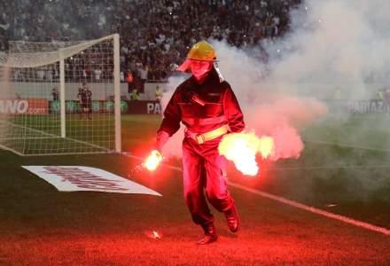 Jandarmeria a aplicat 70 de sanctiuni in valoare de peste 42.000 lei dupa incidentele de la meciul Steaua-Rapid