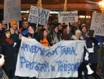 Studentii protesteaza...