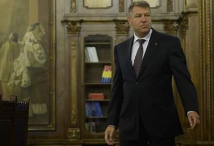 "Klaus Iohannis ia atitudine asupra Legii salarizarii: ""PSD a marit salariile pana cand le-a micsorat"""