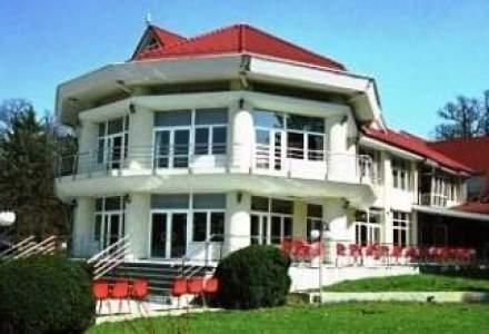Directorul Societatii Feroviare de Turisma demisionat: Urmeaza un tun imobiliar la hotelul Astoria Snagov