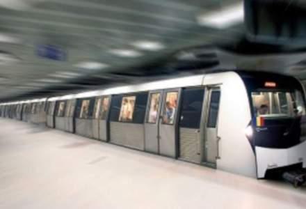 Metrorex analizeaza instalarea de platforme cu usi culisante la peron in statia Piata Victoriei