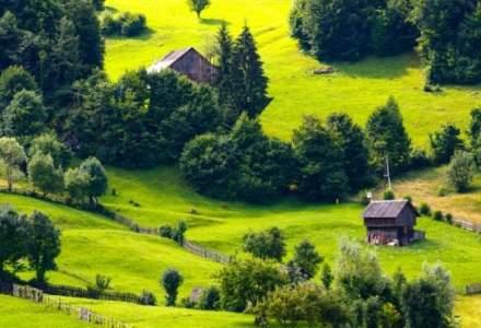 Romania, incasari din turism de 2.24 milioane de euro. Romanii cheltuie in strainatate 3,12 miliarde de euro