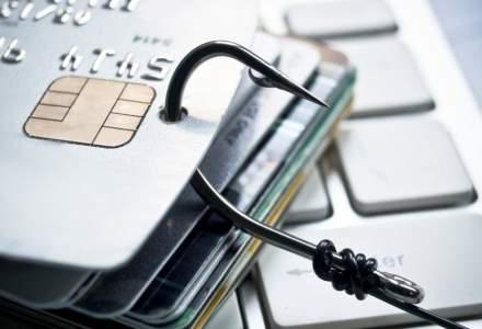Ce trebuie sa stii ca sa nu ti se fure banii de pe card: Detaliul de la tastatura bancomatului