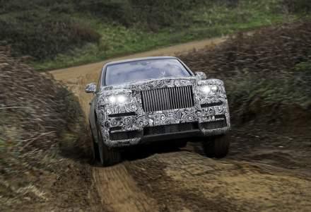 SUV-ul Rolls-Royce Cullinan debuteaza in 10 mai: livrarile incep in prima parte a anului viitor