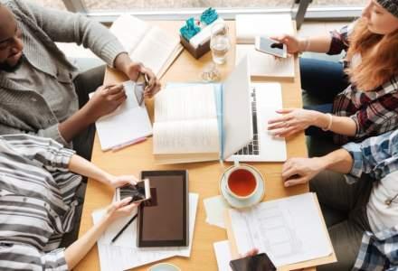 Generatia Millennials vrea anunturi de angajare pe site-urile de socializare si posibilitatea de a aplica de pe mobil