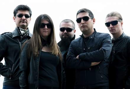 Programati pentru muzica: ZiBand, trupa care canta melodii cu versuri inspirate din viata de IT-ist