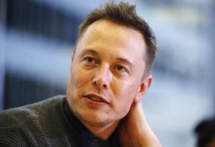 "Tesla anunta o reorganizare majora dupa plecarea a 10 directori executivi: ""Vrem sa imbunatatim comunicarea intre departamente"""