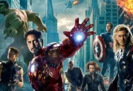 """Cum a strans """"The Avengers"""" sute de milioane de dolari intr-un weekend"""