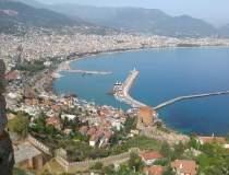 REPORTAJ: Despre turism,...