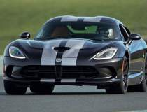 Dodge Viper revine pana in...
