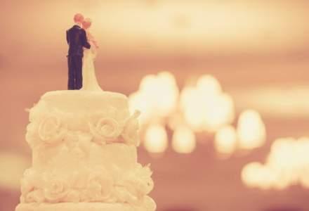 Proiect: Familiile care implinesc 25 de ani de casatorie, premiate cu 1.000 de lei si o diploma de onoare
