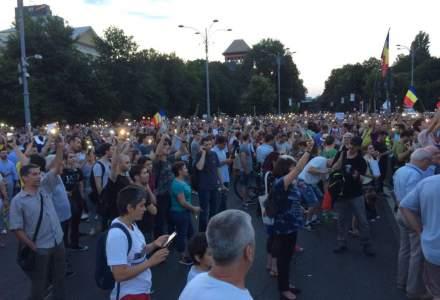 """Presa internationala despre protestele din Romania: PSD a declansat un """"Blitzkrieg legal"""" impotriva statului paralel"""