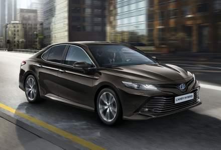 Adio, Avensis! Bine ai revenit, Camry! Toyota anunta oficial reintroducerea sedanului de segment mediu in Europa