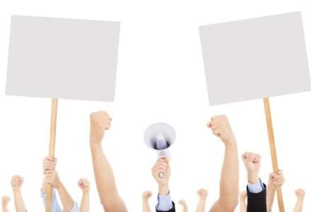 Apel la non-violenta al grupurilor civice adresat participantilor la manifestatiile publice