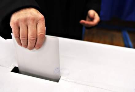 Sociopol: Romanii, in continuare dezinteresati de alegeri