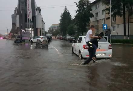 Revista presei 2 iulie. Un lider PSD da vina pe Campionatul Mondial de fotbal pentru ploile din Romania