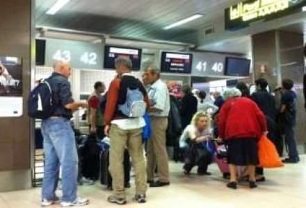Hoti in aeroporturi: Furt de peste 5.000 euro din bagaje pe Otopeni