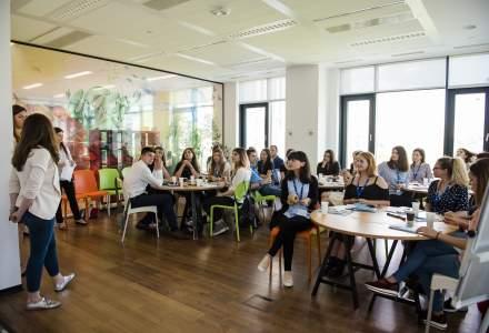 Scoala de vara pentru tinerii care vor sa descopere mediul de business