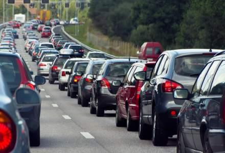 Infotrafic: Circulatia este oprita pe DN2, pe sensul Buzau catre Urziceni si se desfasoara ingreunat pe DN7 Arad - Deva