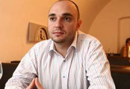 Are 28 de ani si conduce o afacere de 50 mil. euro: Un roman scolit la Cambridge dezvolta businessul Scandia
