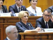 Viorica Dancila calca in...