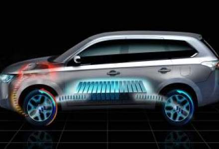 Mitsubishi aduce la Paris primul sau hibrid