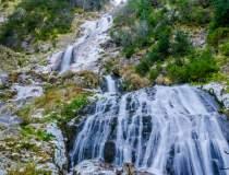 Cascada Cailor: Atractia din...