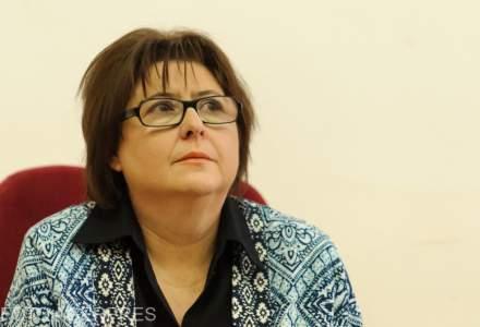 Alina Mungiu Pippidi, reclamata la CNCD de soferul masinii anti-PSD si de romanii din diaspora