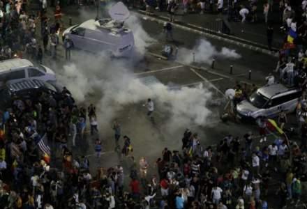 The Guardian: Uniunea Europeana, chemata sa intervina dupa protestele violente din Romania