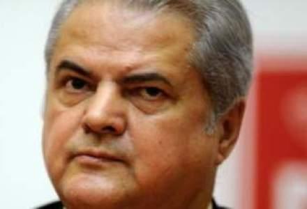 Medicii au amanat nejustificat si ilegal externarea condamnatului Adrian Nastase