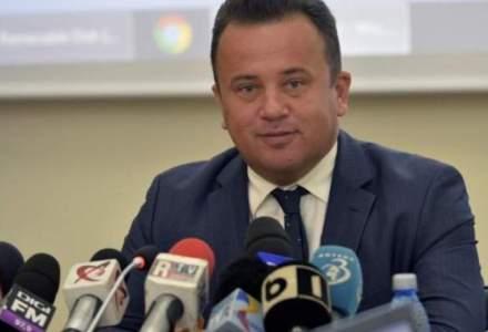 Senatorul PSD Liviu Pop compara SUA, Germania, Austria si Olanda cu niste gandaci care invadeaza Romania