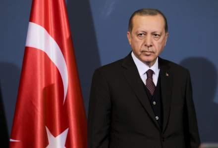 Erdogan spune ca Turcia vrea sa nu mai foloseasca dolarul in schimburile comerciale cu Rusia