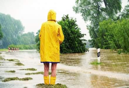 Prognoza meteo miercuri 5 septembrie: Ploi torentiale, grindina si vant puternic in aproape toata tara
