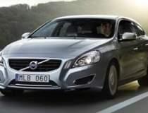 Video: Volvo testeaza trei...
