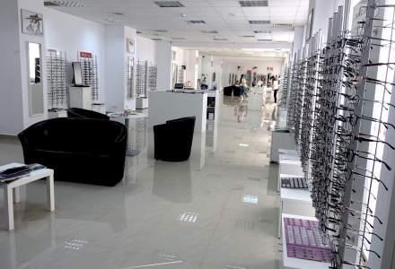 Lensa deschide cel mai mare showroom de optica din Romania
