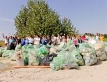 Let's Do It, Romania!: Peste...