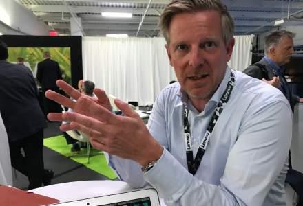 Dublu interviu Lenovo: Despre paradoxul tehnologiei si umanul din spate