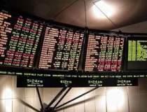 Bursa a scazut usor, pe un...