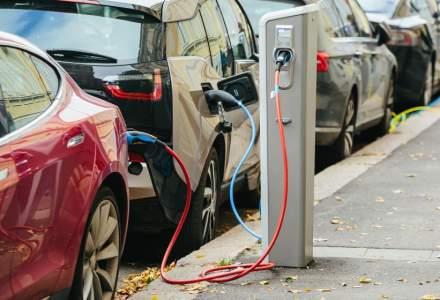 Peste 2.630 de masini ecologice, vandute in Romania in primele 8 luni: salt de 53,6% pentru autoturisme hibrid si de 213,9% pentru cele pur electrice