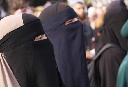 Elvetia: O majoritate covarsitoare a locuitorilor dintr-un canton au votat pentru interzicerea purtarii burqa in spatiul public