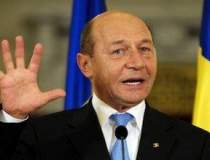 Traian Basescu: Ar trebui ca...