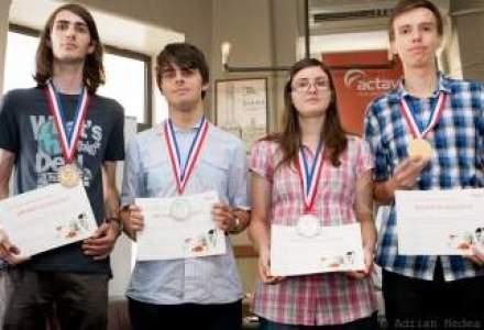Actavis a premiat cu 6.000 euro olimpicii la chimie